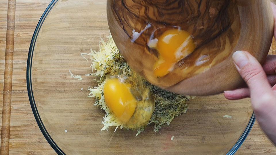 Houbové bramboráky s Hlívou ústřičnou