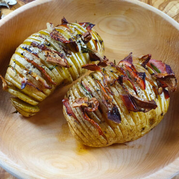Houbové brambory Hasselback